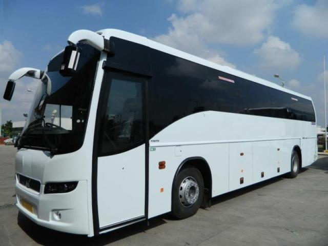 45 seater volvo coach bus on hire in mumbai